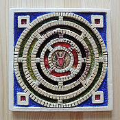 Картины и панно ручной работы. Ярмарка Мастеров - ручная работа Лабиринт Минотавра (керамическое панно со стеклом). Handmade.