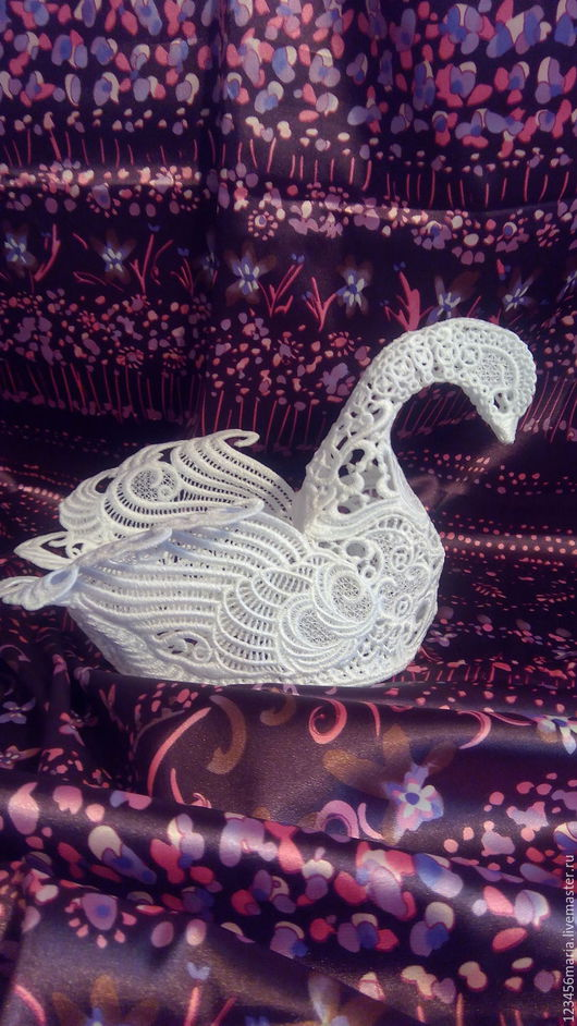 """Вазы ручной работы. Ярмарка Мастеров - ручная работа. Купить Ваза """" Лебедь ажурный"""". Handmade. Белый, ваза для конфет"""