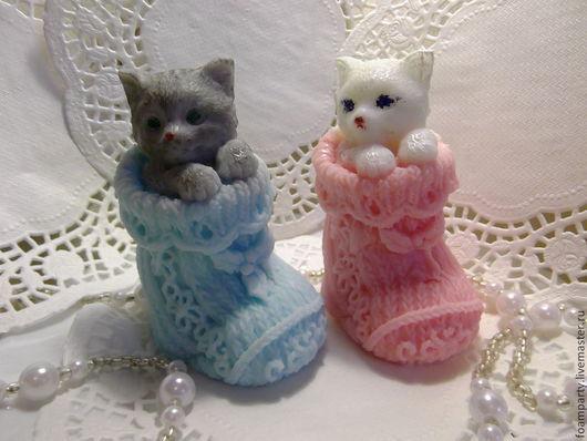 """Мыло ручной работы. Ярмарка Мастеров - ручная работа. Купить Мыло 3D """"Котёнок в носке"""". Handmade. Разноцветный, котенок"""