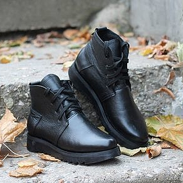 Footwear handmade. Livemaster - original item Winter boots made of leather with fur on the tractor sole Black. Handmade.