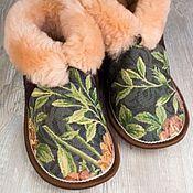"""Обувь ручной работы. Ярмарка Мастеров - ручная работа Чуни с гобеленом """"Розы"""" коричневые. Handmade."""
