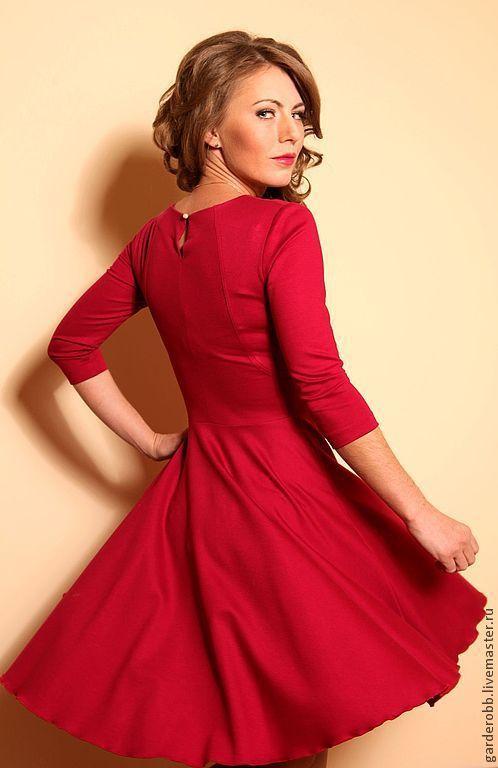 Платья ручной работы. Ярмарка Мастеров - ручная работа. Купить Коктейльное трикотажное платье с рукавом 3/4. Handmade. Фуксия