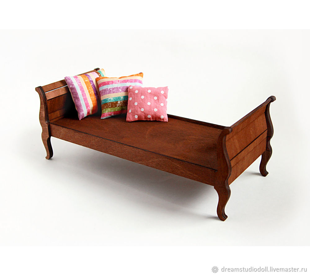 # №1 daybed for dolls.