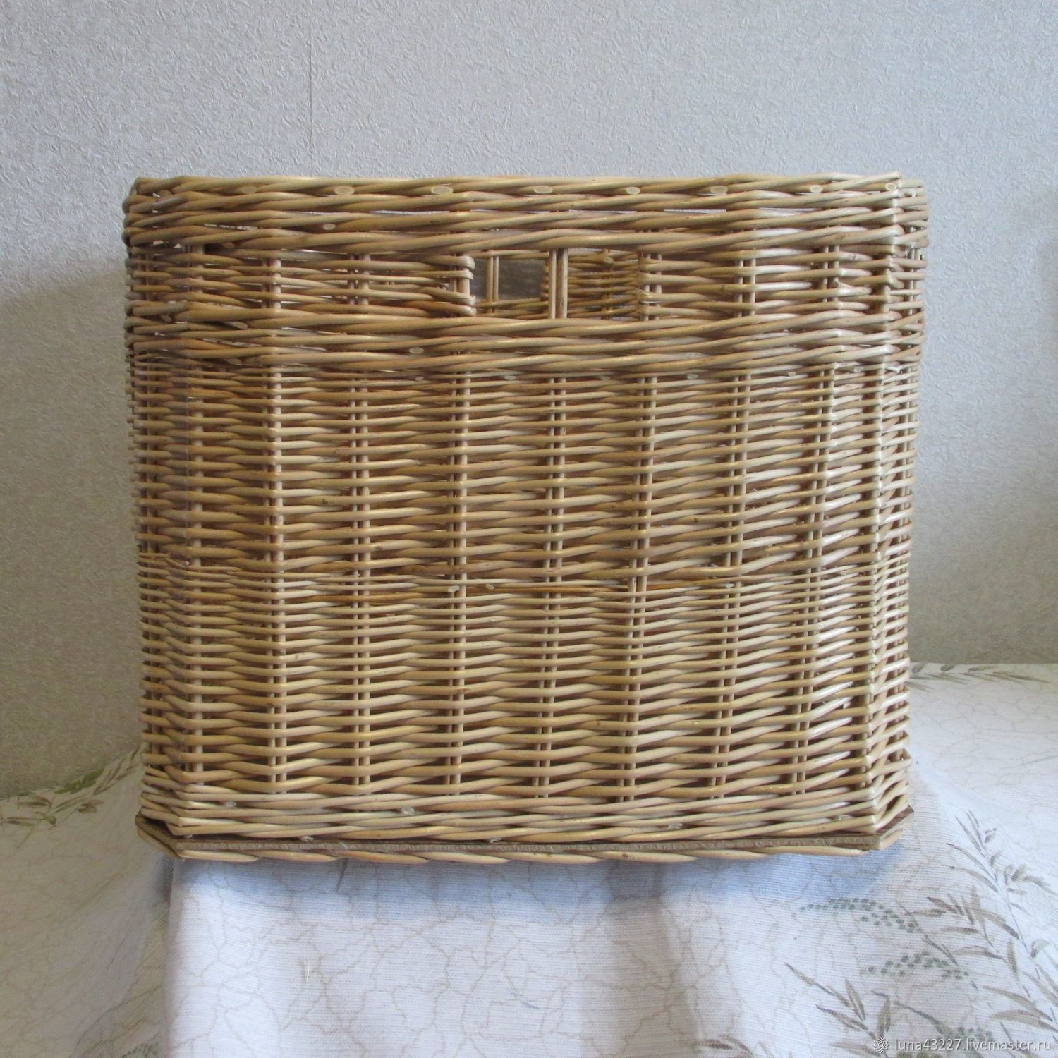 The Wicker Basket For Linen Toys From Willow Vines Shop Online On