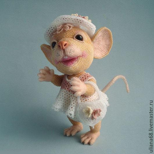 Куклы и игрушки ручной работы. Ярмарка Мастеров - ручная работа. Купить Бисерная мышка Ванилинка. Handmade. Комбинированный, модница, бисер