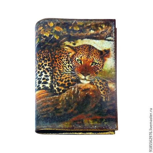Обложки ручной работы. Ярмарка Мастеров - ручная работа. Купить Обложка на паспорт кожаная Леопард хищник. Handmade. Комбинированный