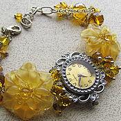 """Украшения ручной работы. Ярмарка Мастеров - ручная работа """"Цветочный мёд"""" наручные часы с бусинами лэмпворк. Handmade."""