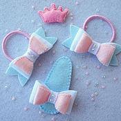 Работы для детей, ручной работы. Ярмарка Мастеров - ручная работа Комплект из резинок для волос и заколки с бантиками Моя принцесса. Handmade.