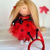 Мягкие игрушки ручной работы. Ярмарка Мастеров - ручная работа Текстильная интерьерная кукла с божьей коровкой. Handmade.