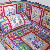 """Для дома и интерьера ручной работы. Ярмарка Мастеров - ручная работа Лоскутный комплект в детскую кроватку """"Зайкины сказки"""". Handmade."""