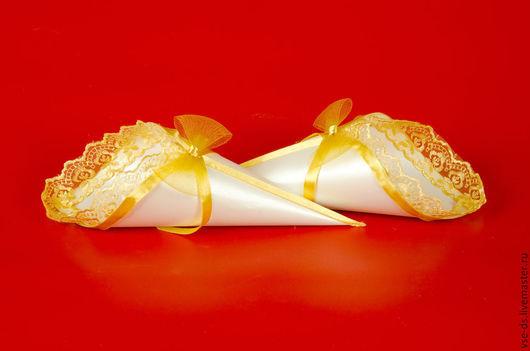"""Свадебные аксессуары ручной работы. Ярмарка Мастеров - ручная работа. Купить Кулечек для лепестков роз """"Луч солнца"""". Handmade. Желтый"""