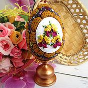 Сувениры и подарки handmade. Livemaster - original item Easter egg Pansies (interior on a stand) with embroidery. Handmade.