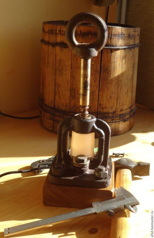 """Освещение ручной работы. Ярмарка Мастеров - ручная работа. Купить Переносная лампа """"Лофт"""". Handmade. Лампа переносная, лофт стиль"""