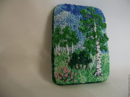"""Броши ручной работы. Ярмарка Мастеров - ручная работа. Купить Брошь вышитая """"Березовая роща"""". Handmade. Зеленый, лес"""