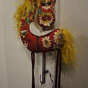 Мягкие игрушки ручной работы. Ярмарка Мастеров - ручная работа Лошадь красная в ромашку. Handmade.