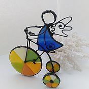 Для дома и интерьера ручной работы. Ярмарка Мастеров - ручная работа Витражный Ангел велосипедист. Оригинальный подарок.. Handmade.