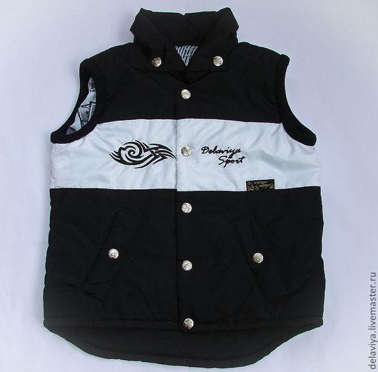 """Одежда для мальчиков, ручной работы. Ярмарка Мастеров - ручная работа. Купить Жилет стёганный """"Кельтик""""-2 черный от Делавьи. Handmade."""