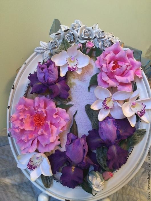 Интерьерные композиции ручной работы. Ярмарка Мастеров - ручная работа. Купить Букет с ирисами и орхидеями в фоторамке. Handmade. Букет цветов
