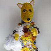Куклы и игрушки ручной работы. Ярмарка Мастеров - ручная работа Интерьерная игрушка Лисичка с уточкой. Handmade.