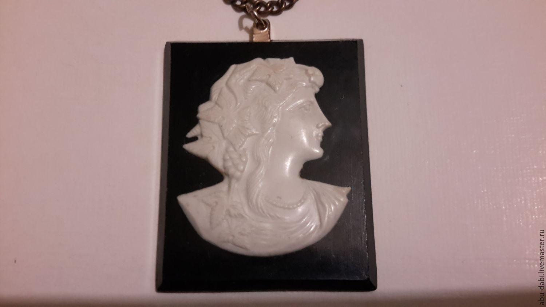 Large vintage CAMEO pendant: metal,black Karbolit, pearl white plastic. Beautiful and rare, CZECHOSLOVAKIA, 1970gody.