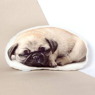 Для дома и интерьера ручной работы. Ярмарка Мастеров - ручная работа Мопс. Декоративная подушка в виде собаки. Handmade.