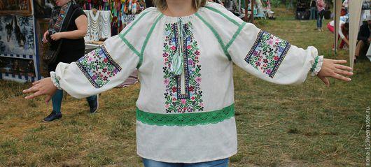 Блузки ручной работы. Ярмарка Мастеров - ручная работа. Купить Нарядная праздничная и повседневная вышиванка женская, размер 50-52 в. Handmade.