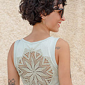Одежда ручной работы. Ярмарка Мастеров - ручная работа Светло зеленая майка с ажурной аппликацией на спине Размер S. Handmade.