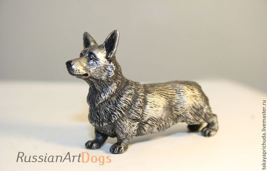 Статуэтки ручной работы. Ярмарка Мастеров - ручная работа. Купить КОРГИ - статуэтка (оловянная миниатюрная фигурка собаки). Handmade. корги