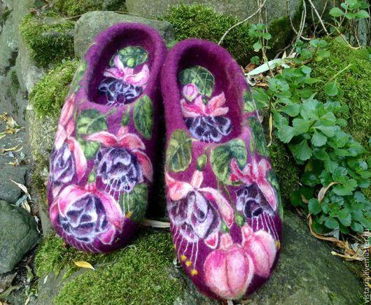 Обувь ручной работы. Ярмарка Мастеров - ручная работа. Купить Тапочки «Фуксия» 38. Handmade. Бордовый, авторская ручная работа