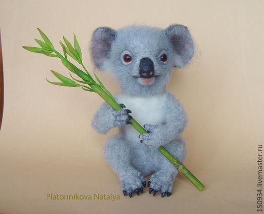 """Игрушки животные, ручной работы. Ярмарка Мастеров - ручная работа. Купить коала """"Кали"""". Handmade. Серый, игрушка из войлока"""