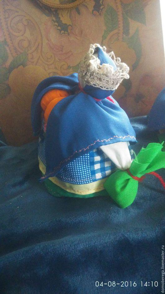 Травница синяя, отсоединяющаяся нижняя подушечка для того, чтобы положить под подушку!