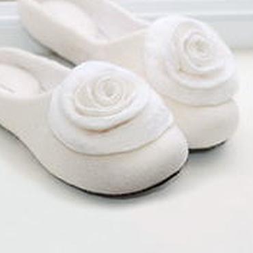 Обувь ручной работы. Ярмарка Мастеров - ручная работа Валяные тапочки с усиленной пяткой.Войлочные тапки. Handmade.