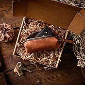 Ключницы ручной работы. Ярмарка Мастеров - ручная работа Кожаная ключница бочонок OLD SCHOOL цвет Коньяк. Handmade.
