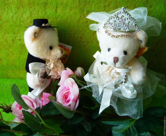 Свадебные мишки `Сладкая парочка`. Игрушки для букета. Мишки для свадебного декора. Купить игрушки в букет.  Палочка-выручалочка.