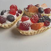 Косметика ручной работы. Ярмарка Мастеров - ручная работа Мыло корзиночка с ягодами. Handmade.