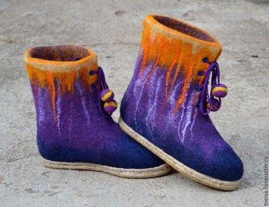 Обувь ручной работы. Ярмарка Мастеров - ручная работа. Купить Ботинки женские валяные ручной работы  Крокусы весенние. Handmade.