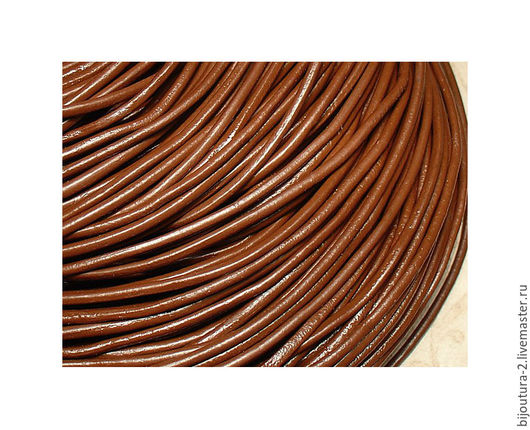 Для украшений ручной работы. Ярмарка Мастеров - ручная работа. Купить Шнур (арт.к27) кожаный 2,5 мм, круглый, красно-коричневый. Handmade.