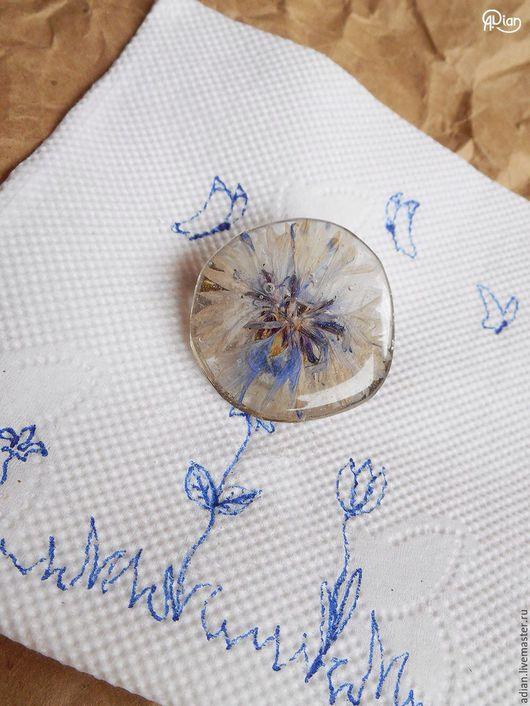 """Броши ручной работы. Ярмарка Мастеров - ручная работа. Купить Брошь """"Василек"""" из настоящего цветка. Handmade. Брошь, брошь цветок"""
