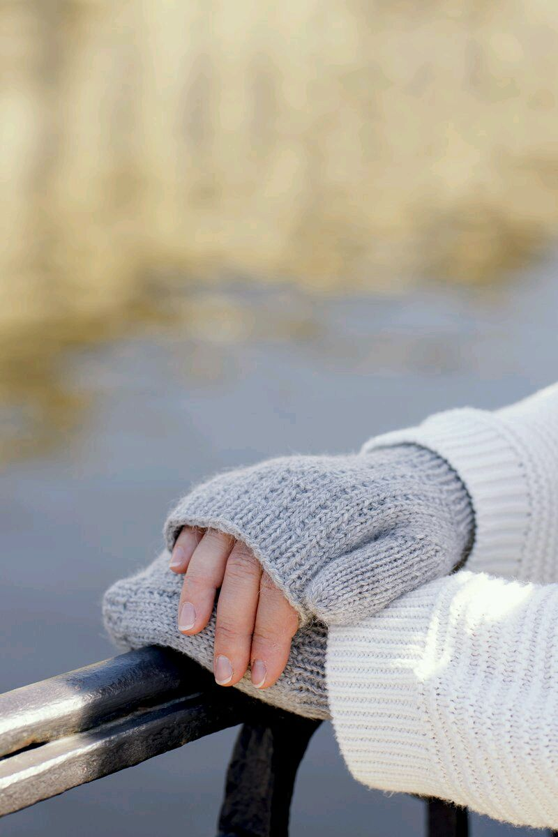 "Серые митенки ""Туман в сентябре"", Митенки, Санкт-Петербург,  Фото №1"