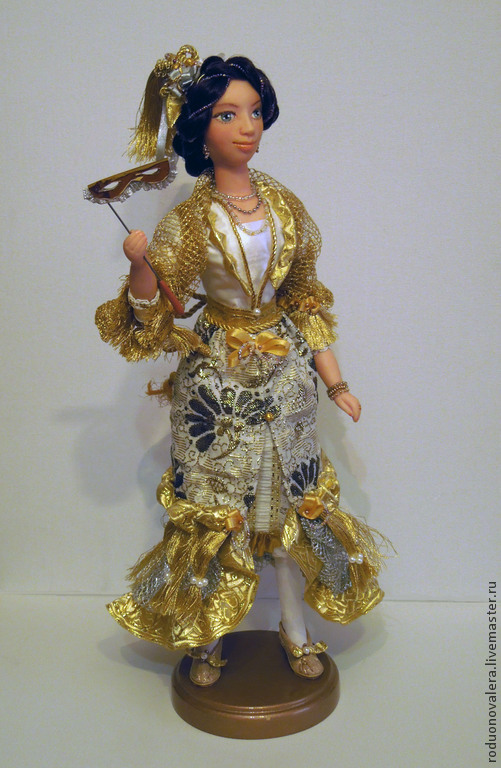 Кукла продана и показана для примера.