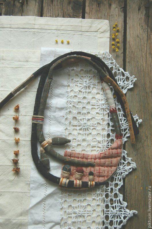 Колье, бусы ручной работы. Ярмарка Мастеров - ручная работа. Купить Между страницами текстильное колье. Handmade. Комбинированный
