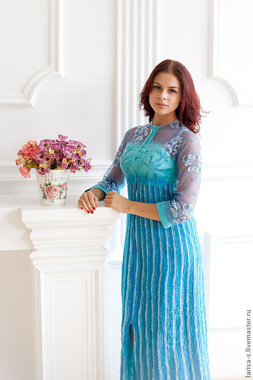 Ереван плаза u женских платьев
