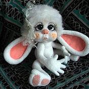Куклы и игрушки ручной работы. Ярмарка Мастеров - ручная работа Малышка Зайка -игрушка из шерсти. Handmade.
