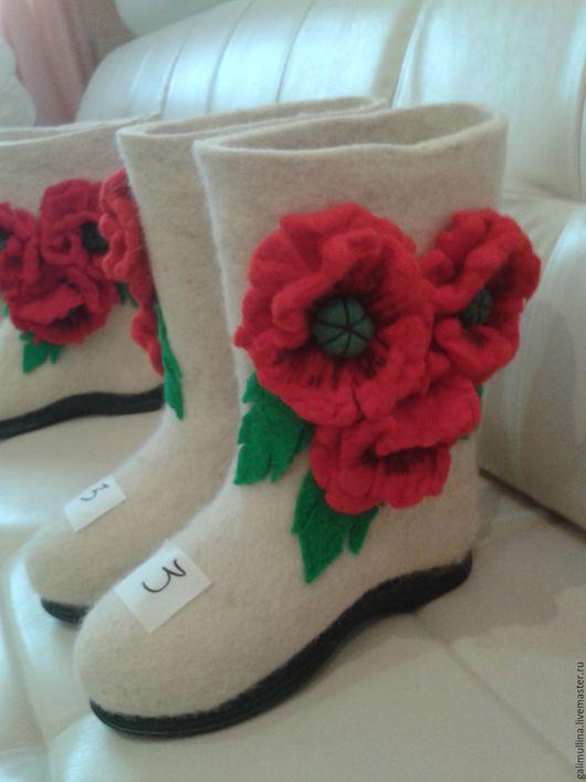 """Обувь ручной работы. Ярмарка Мастеров - ручная работа. Купить Белые валенки """"МАК"""".. Handmade. Белый, валенки с рисунком"""