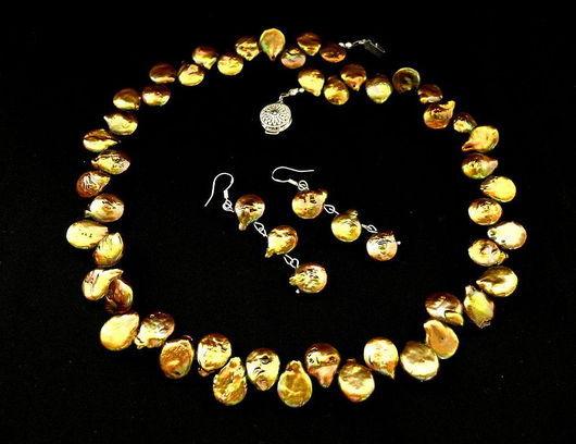 """Колье, бусы ручной работы. Ярмарка Мастеров - ручная работа. Купить Колье из жемчуга """"Золотая лиана"""", комплект с серьгами. Handmade."""