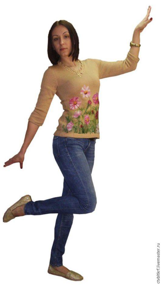 """Кофты и свитера ручной работы. Ярмарка Мастеров - ручная работа. Купить Джемпер вязаный """"Воздушная красотка космея"""". Handmade. Кремовый"""