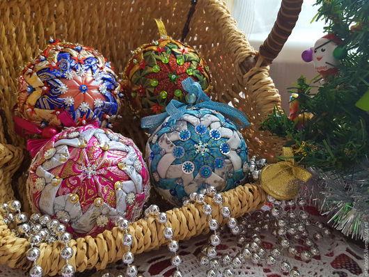 Новый год 2017 ручной работы. Ярмарка Мастеров - ручная работа. Купить Новогодний шарик в лоскутной технике. Handmade. Новогодний шар