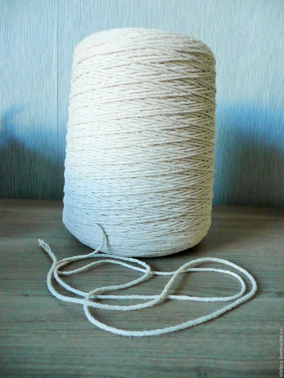 The thick cotton wick for candles