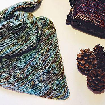 Accessories handmade. Livemaster - original item Shawl Triangular Berries. Handmade.