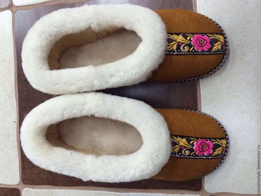 Обувь ручной работы. Ярмарка Мастеров - ручная работа. Купить Бабуши взрослые модели. Handmade. Чёрно-белый, овчина